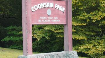 coonskin-park-sign
